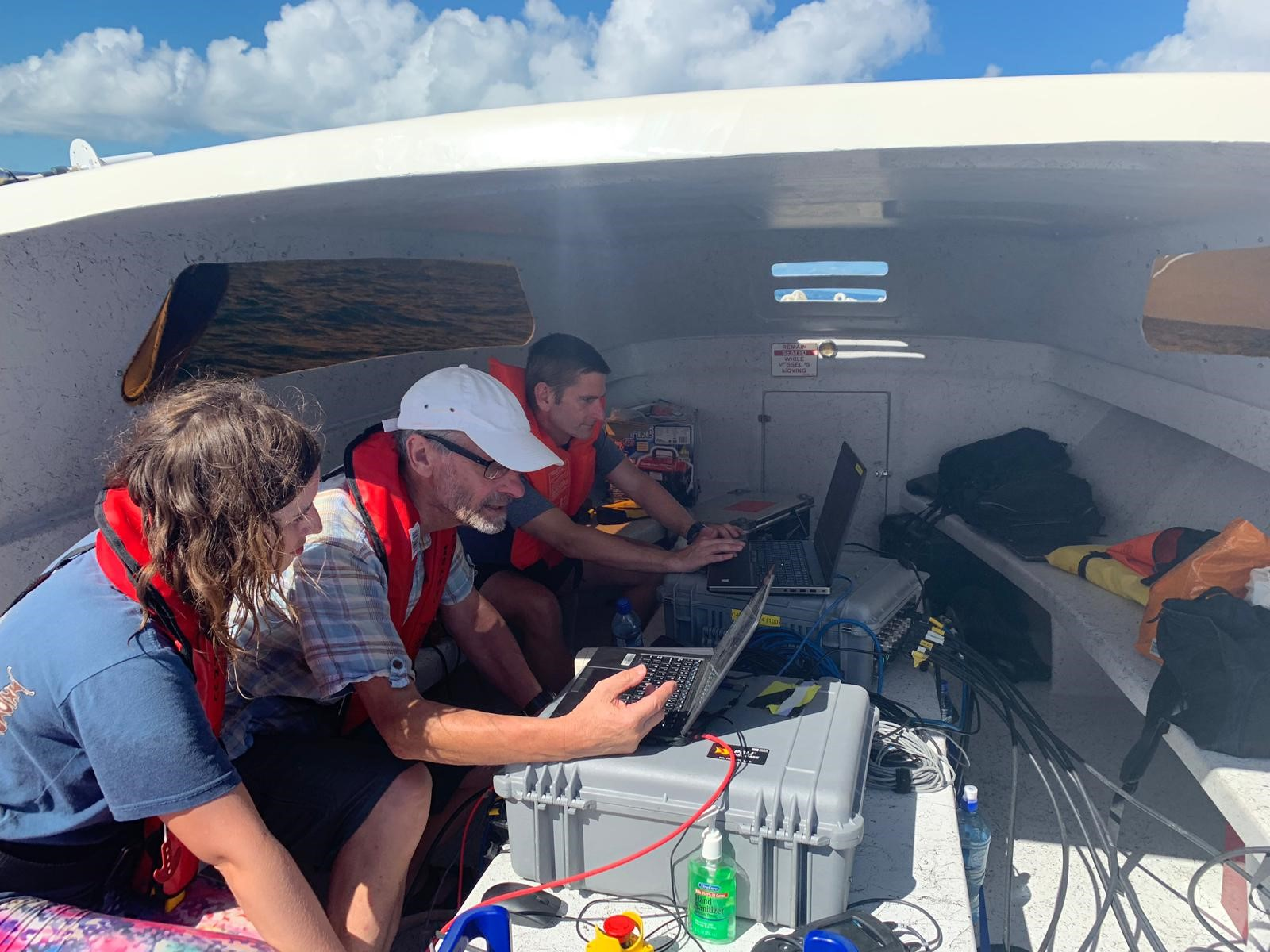 Reviewing Oceanographic Data in real time -Belize 2018
